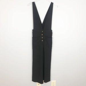 Sienna Sky cropped leg jumpsuit medium black